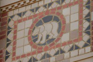 Bruin bear mosaic